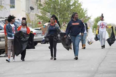 Morgan State Students Clean Up